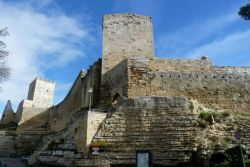 Castello di Lombardo, Enna by L. Strano