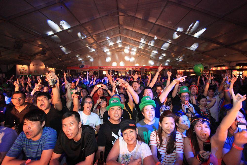 Crowds enjoy the bands at Beerfest Asia