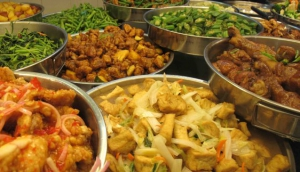 Tasty food at the Hawker Foodcentre