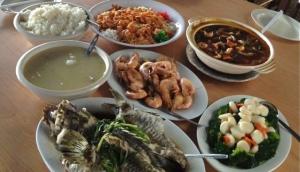 Fuqing Marina Bay Seafood Restaurant
