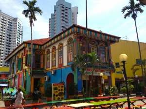 Colourful Shop House in Little India