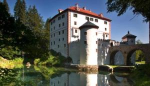 Grad Sneznik