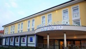 Hotel & Casino Poetovio igralni salon