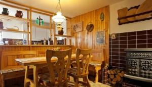 Krstinc Vineyard Cottage