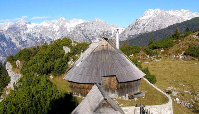 Shepherd huts Velika planina