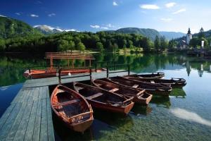 Bohinjsko lake S: Slovenia.info A: M. Vranic