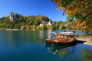 Lake Bled; S: Slovenia.info; A: M. Vranic