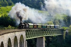 Museum train S: Slovenia.info. A: Leon Hmeljak