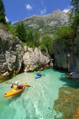Soca gorges S: Slovenia.info A: Jesenicnik