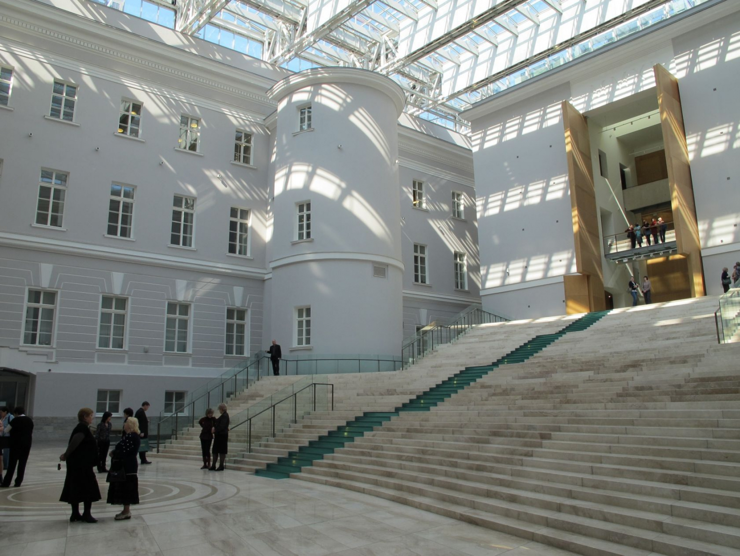 General staff building, new Hermitage gallery due to open in 2014