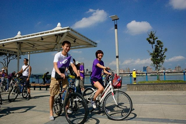 Cycling in Taipei / Photo courtesy of Ming Yen-Hsu