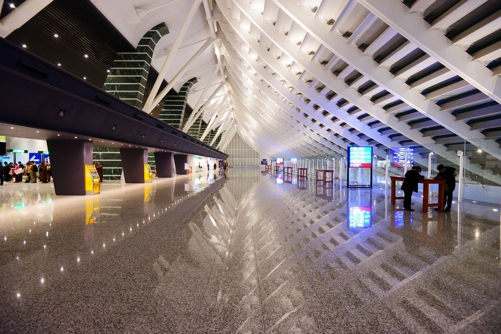 Taoyuan airport passage hall