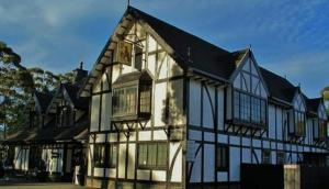 The Fox and Hounds Inn