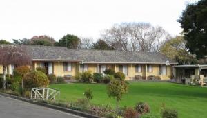 Willaway Motel Apartments