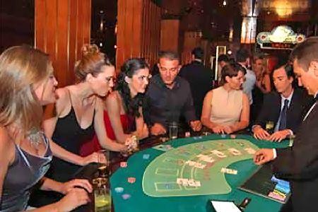 Вам канары казино рестораны.текст песни казино в армении
