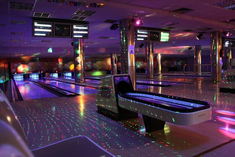 Ten-pin bowling in Tenerife - and then some!
