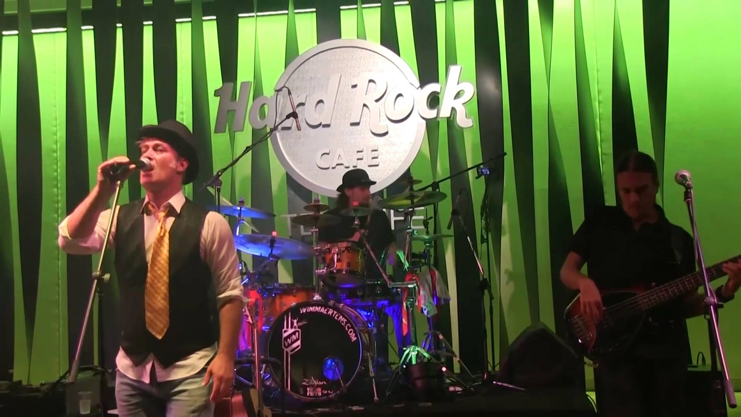 4OnGround at the Hard Rock Cafe