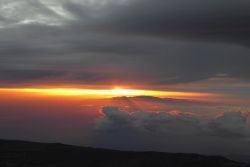 Sunrise over Gran Canaria - witnessed from Teide's sumit
