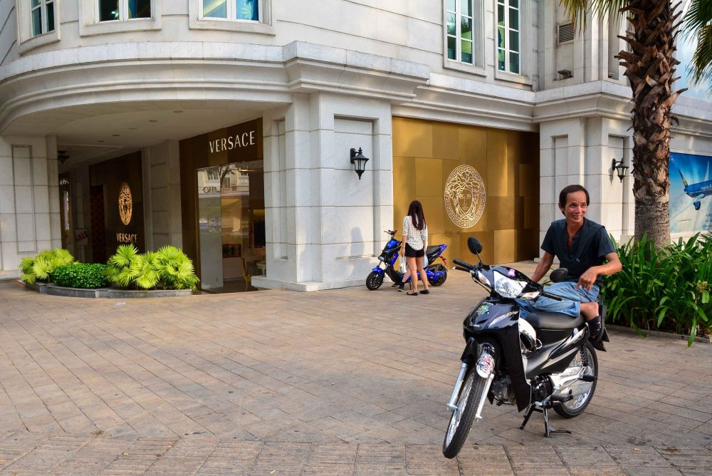 Versace store on Dong Khoi