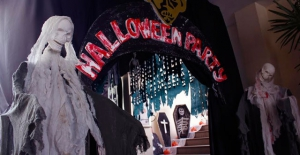 Halloween Party at Mezz Restaurant