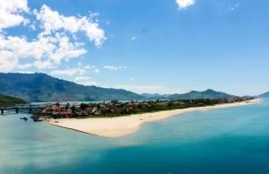 Lang Co Beach , Hue