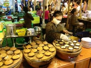 Making Banh Khot at Food Festival