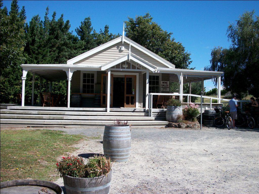 Te Kairanga Winery
