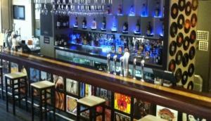 3 C Bar and Restaurant