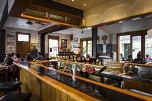 Thistle Inn Bar