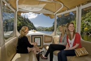 Visitors - boat at Zealandia © Shaun Matthews