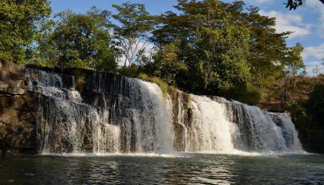 Mumbuluma Falls (10°55