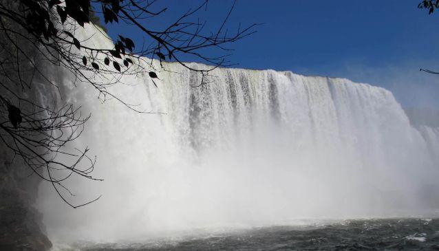 Lumangwe Falls (9°32