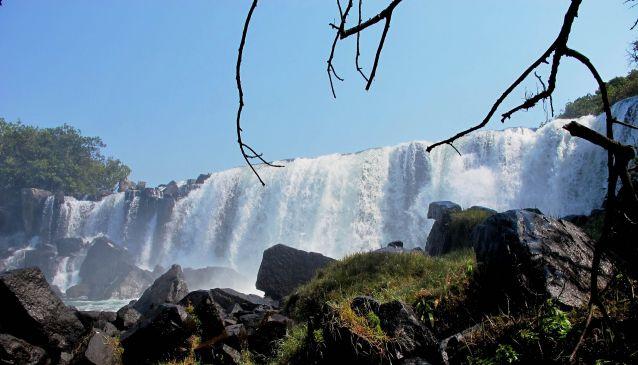 Mutumuna Falls (10°06