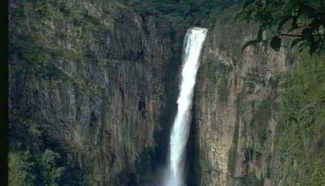 Kalambo Falls (8°35