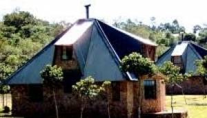 Pungwe Drift Cottages