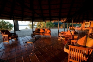Shamashanga Lounge & Bar - Zambezi River